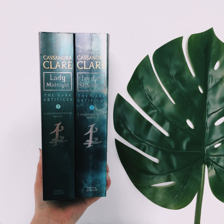 LADY MIDNIGHT AND LORD OF SHADOWSREVIEW